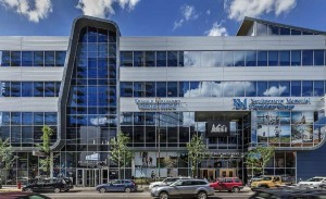 Blackhawk on Halsted, a 224,204 square foot mixed-use project in the Lincoln Park neighborhood of Chicago, is composed of 42 percent medical space. (Photo courtesy of HFF)