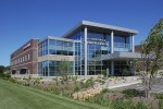 The Davis Group delivered the 63,500 square foot Minnetonka Medical Center in the Minneapolis suburbs. Photo courtesy of bdy+young