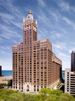TopMed Realty acquired 493,064 square feet of medical office, clinical and general office space inside the 680 N. Lake Shore Drive building in Chicago. Photo courtesy of TopMed Realty